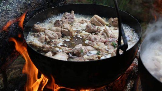 Caldereta de cordero, comida de los pastores trashumantes de merina